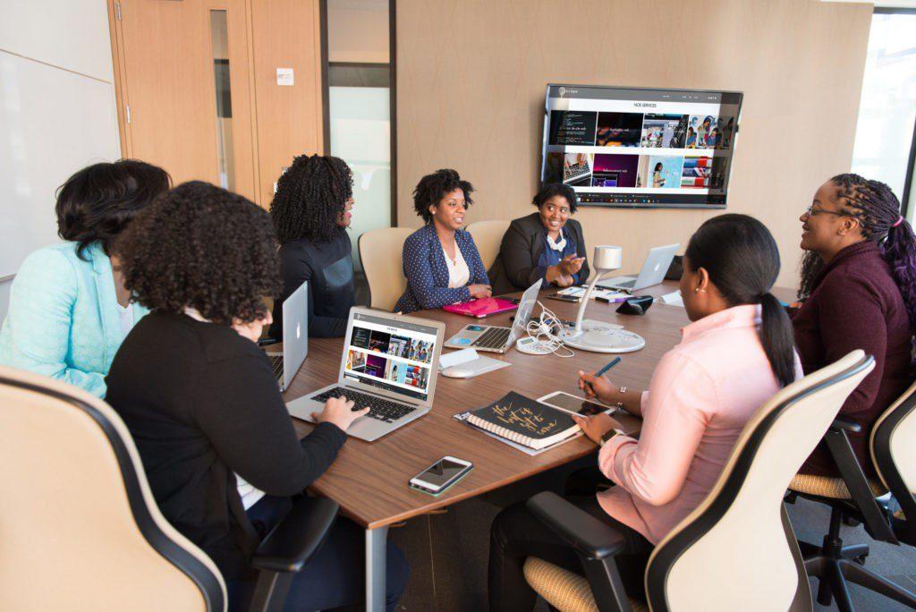 équipe en réunion